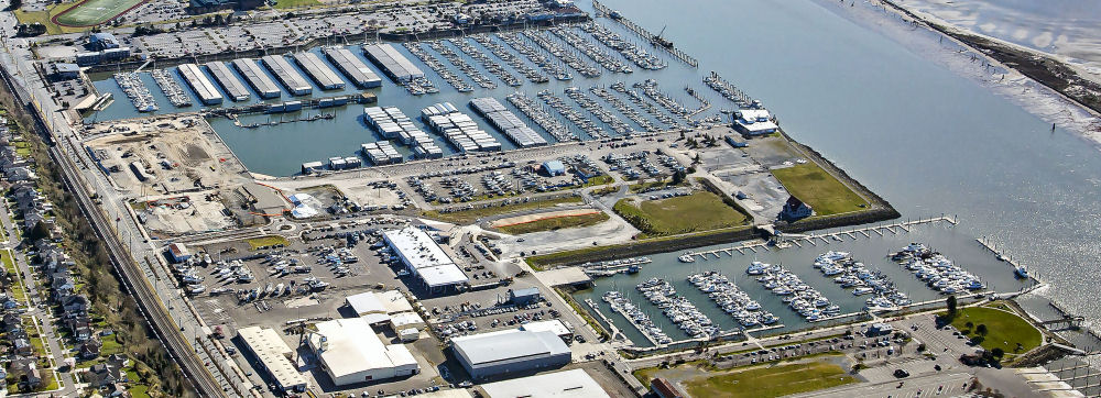 Aerial photo showing the Port of Everett's Waterfront Place Central Development including marinas