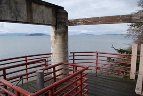 Padilla Bay Reserve Observation Deck overlooking the bay